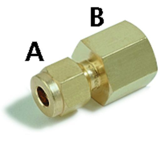 SWAGELOK 400-7-4,BRASS CONNECTOR 1/4TX1/4P PK2