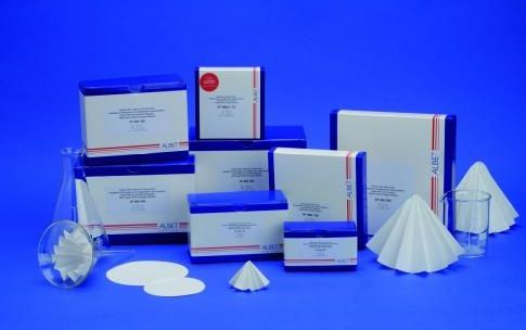 Folded Filter Paper, 90 mm, Grade 400, medium, smooth, 80 g/sqm, 100 pcs.